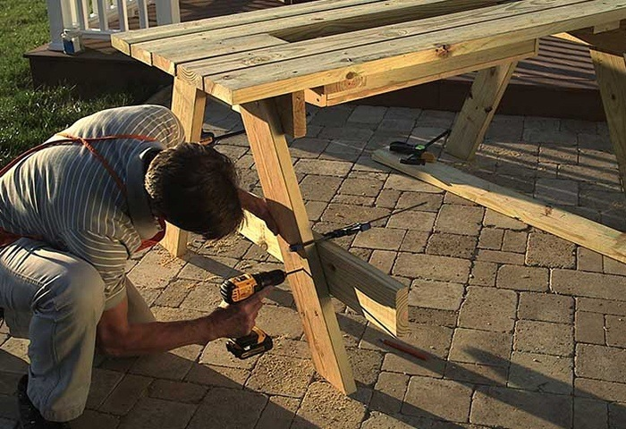SHAPE THE BENCH SUPPORTS via THE HOME DEPOT