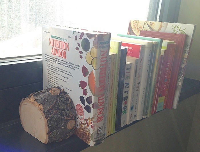 Wood Stump Bookends via the nourished nook