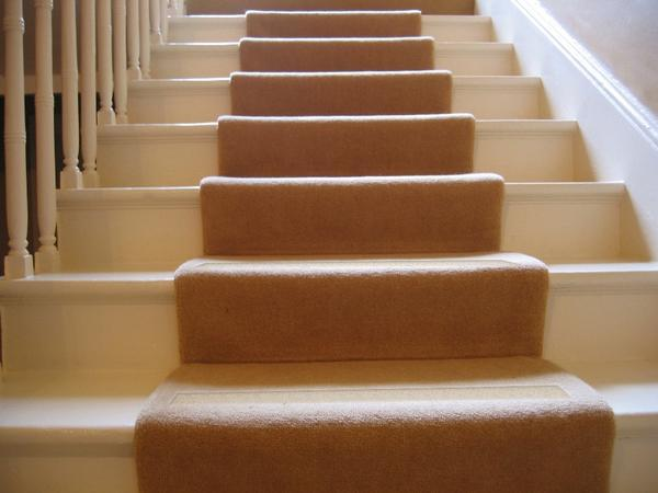 No-slip Strips, Carpeted Stairs via No-slip Strip